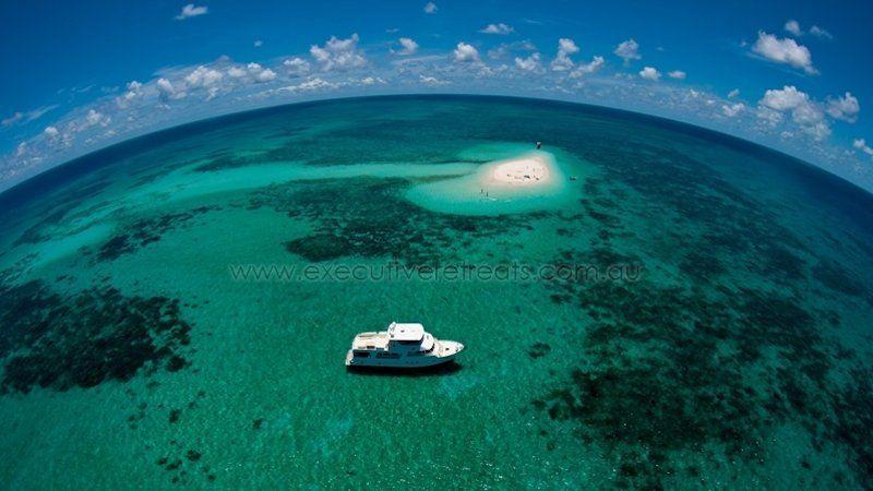 Luxury 70ft Motor Yacht 011