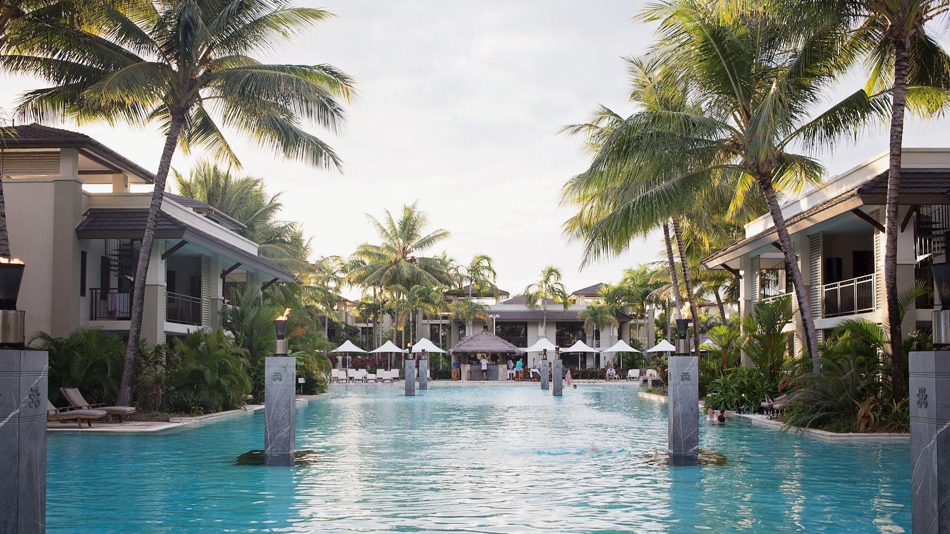 Sea Temple Resort Swimout Apartments 008