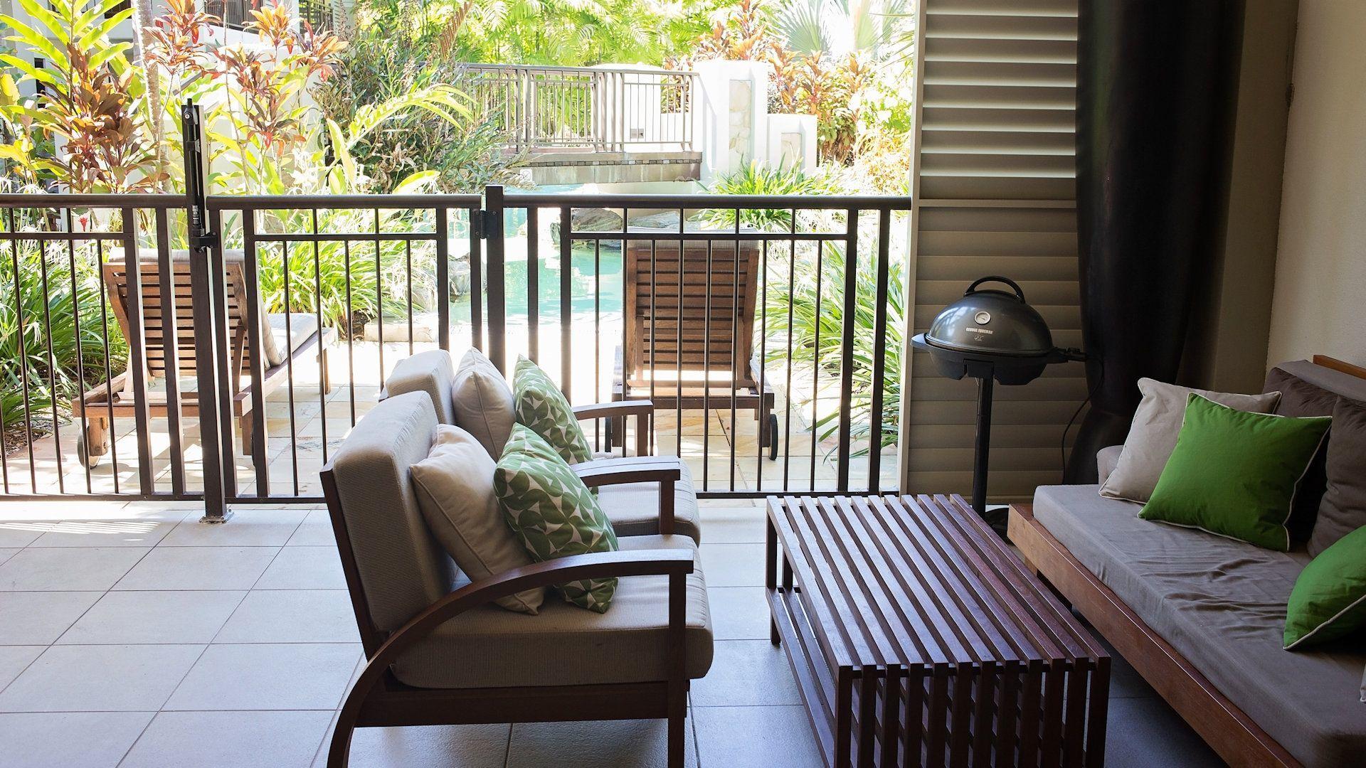 Sea Temple Resort Swimout Apartments 011