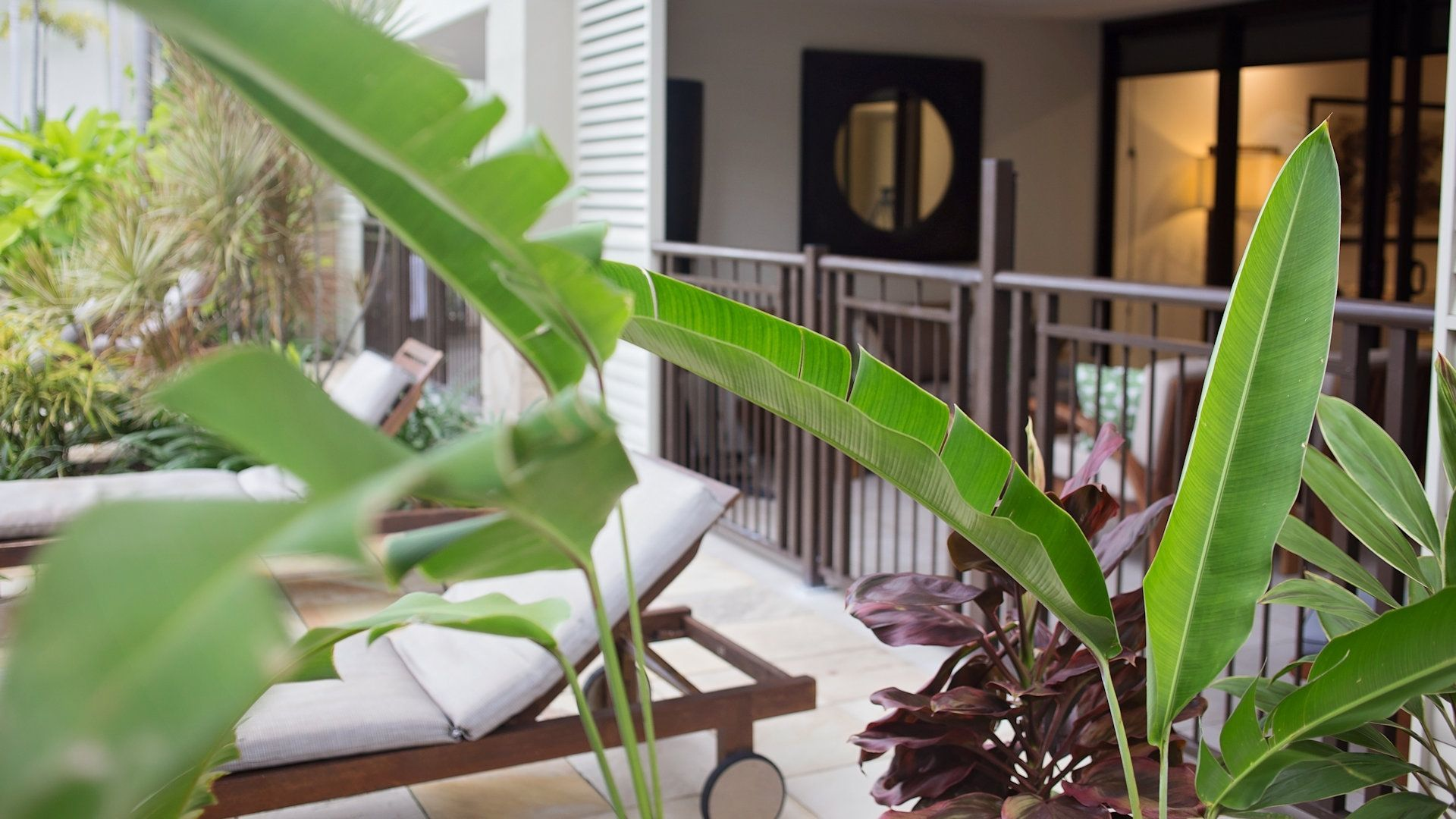 Sea Temple Resort Swimout Apartments 023