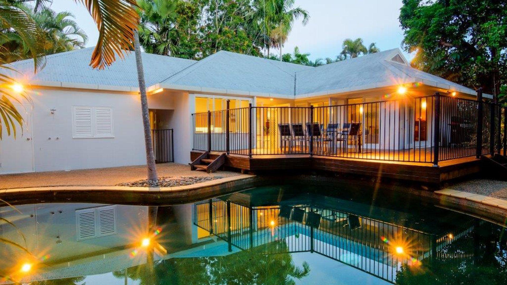 Soleil Beach House 001